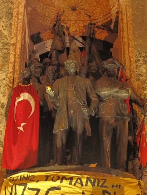 And to end with - the statue of Ataturk on Taksim square, holding a lemon to help him deal with the tear gas